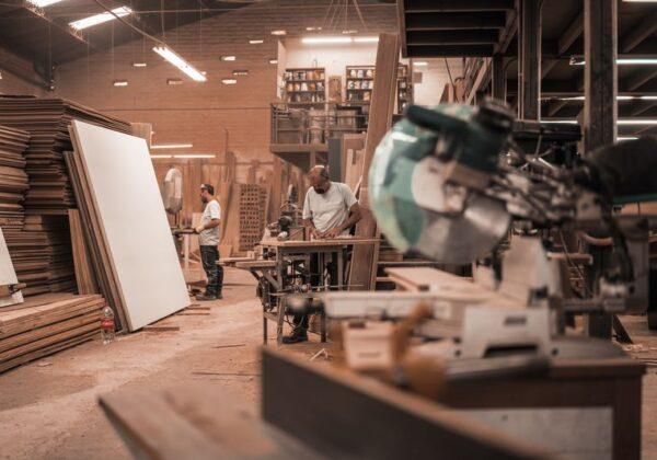 comment-stocker-materiaux-chantier-artisans